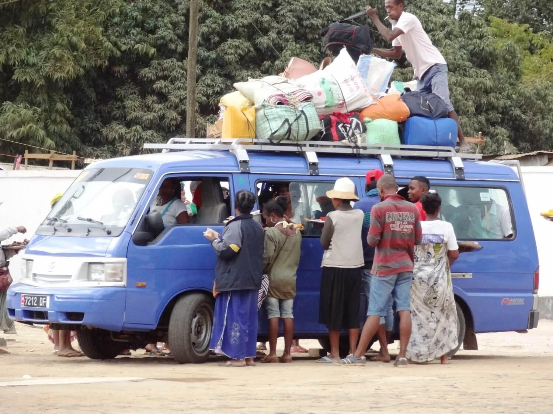 Madagascar Taxi Brousse