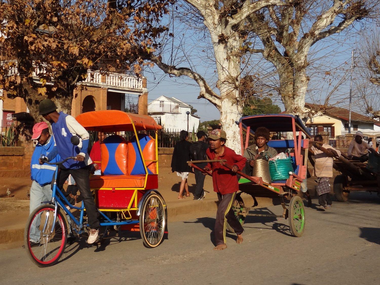 Madagascar Antsirabe pousse pousse