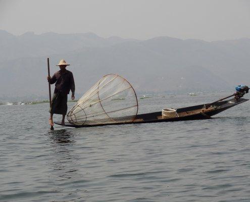 Myanmar Inle Lake beenroeier
