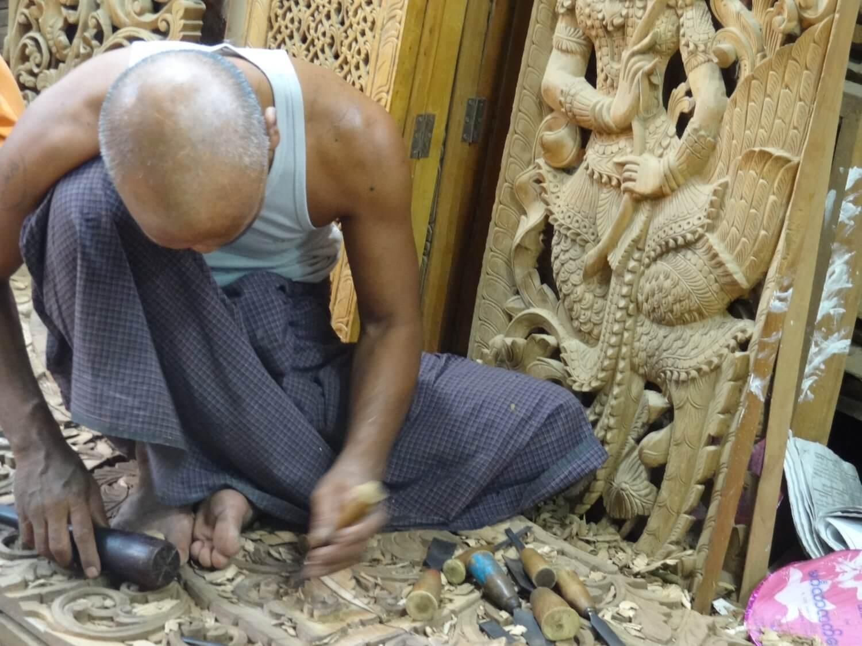 Myanmar Mandalay houtwerk