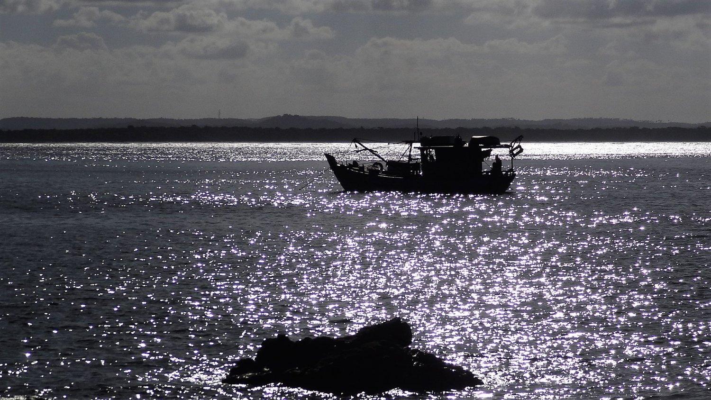Morro zonsondergang met boot