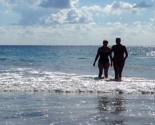 Ibiza stand en zee