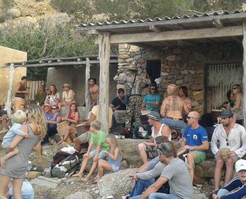 Ibiza trommelaars Cala Benirras