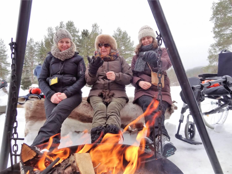 Noorwegen huskyslee vuurtje